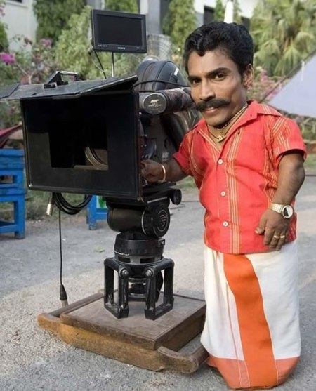 76 A Tiny Director